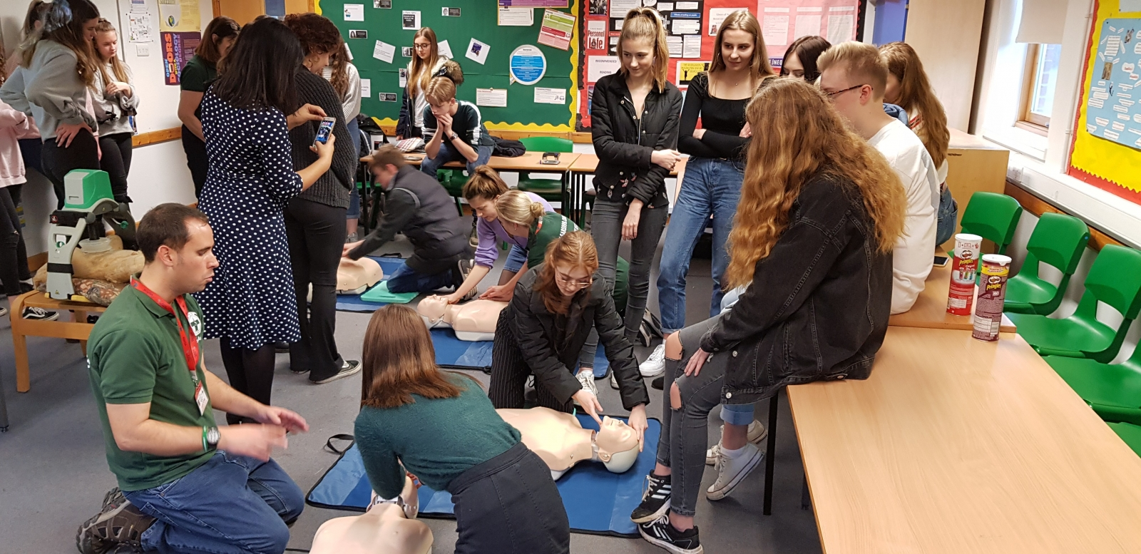 SARS delivers CPR & Defibrillator awareness session